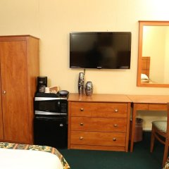 Отель JFK Inn США, Нью-Йорк - отзывы, цены и фото номеров - забронировать отель JFK Inn онлайн удобства в номере фото 2
