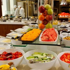 Отель Crowne Plaza Istanbul - Harbiye питание фото 2