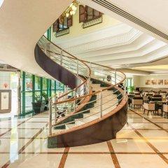 Coral Dubai Deira Hotel гостиничный бар
