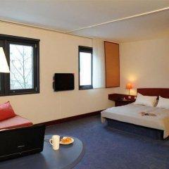 Отель Novotel Suites München Parkstadt Schwabing комната для гостей фото 3
