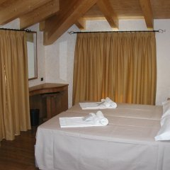 Отель Azzano Holidays Bed & Breakfast Меззегра спа