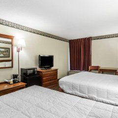 Отель Clarion Inn Chattanooga США, Чаттануга - отзывы, цены и фото номеров - забронировать отель Clarion Inn Chattanooga онлайн удобства в номере