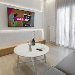 Апартаменты Lovely apartment close to Acropolis by GHH Афины комната для гостей фото 2