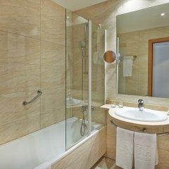 Отель NH Barcelona La Maquinista ванная фото 2
