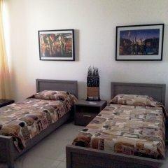Апартаменты Luxury Seafront Apartment With Pool Каура в номере