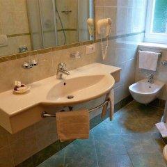 Отель Windsor Италия, Меран - отзывы, цены и фото номеров - забронировать отель Windsor онлайн ванная фото 2