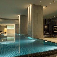 Отель Andaz Tokyo Toranomon Hills - a concept by Hyatt Япония, Токио - 1 отзыв об отеле, цены и фото номеров - забронировать отель Andaz Tokyo Toranomon Hills - a concept by Hyatt онлайн бассейн фото 2