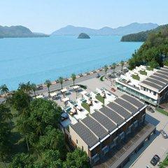Отель The Chalet Panwa & The Pixel Residence пляж
