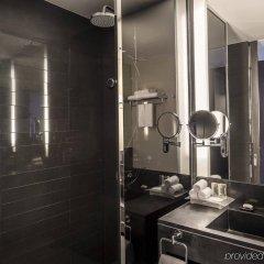 Отель Holiday Inn Bangkok Sukhumvit Бангкок ванная