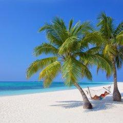 Отель Kuredu Island Resort пляж