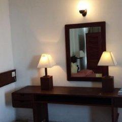 Отель Mamas Coral Beach Hotel & Restaurant Шри-Ланка, Хиккадува - отзывы, цены и фото номеров - забронировать отель Mamas Coral Beach Hotel & Restaurant онлайн удобства в номере фото 2