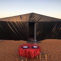 Отель Camp Under Stars - Adults Only Марокко, Мерзуга - отзывы, цены и фото номеров - забронировать отель Camp Under Stars - Adults Only онлайн балкон