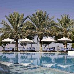Отель Mercure Grand Jebel Hafeet Al Ain Hotel ОАЭ, Эль-Айн - отзывы, цены и фото номеров - забронировать отель Mercure Grand Jebel Hafeet Al Ain Hotel онлайн бассейн фото 3