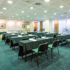Отель Holiday Inn Lisbon Португалия, Лиссабон - 1 отзыв об отеле, цены и фото номеров - забронировать отель Holiday Inn Lisbon онлайн помещение для мероприятий