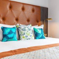 Отель Native Glasgow сейф в номере