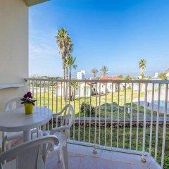 Отель Roc Cala'N Blanes Beach Club Испания, Кала-эн-Бланес - отзывы, цены и фото номеров - забронировать отель Roc Cala'N Blanes Beach Club онлайн балкон