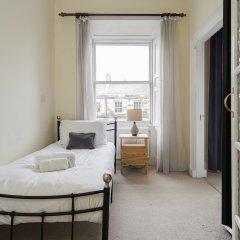 Апартаменты Spacious 3BR New Town Apartment Эдинбург комната для гостей