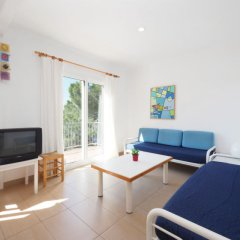 Отель Santa Lucía Испания, Курорт Росес - отзывы, цены и фото номеров - забронировать отель Santa Lucía онлайн комната для гостей фото 3