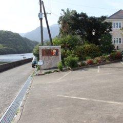 Отель La Isla Tasse Япония, Якусима - отзывы, цены и фото номеров - забронировать отель La Isla Tasse онлайн парковка