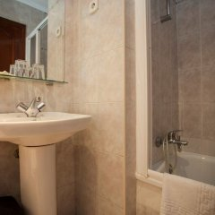 Отель Hostal Bermejo ванная