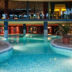 Grand Hotel Sveti Vlas бассейн