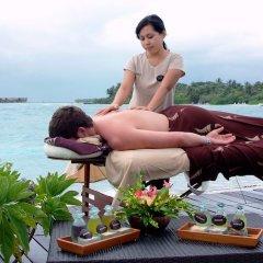 Отель Adaaran Select Hudhuranfushi Остров Гасфинолу фитнесс-зал фото 4