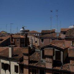 Отель Al Codega Италия, Венеция - 9 отзывов об отеле, цены и фото номеров - забронировать отель Al Codega онлайн балкон