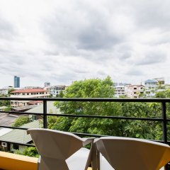 Апартаменты Asia Place Apartment Бангкок балкон