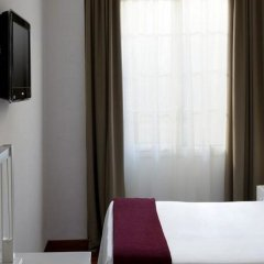 Отель URH Ciutat de Mataró комната для гостей