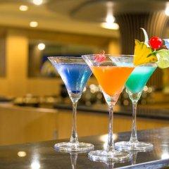 Отель AVA Sea Resort гостиничный бар