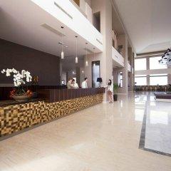 Отель The Kresten Royal Villas & Spa интерьер отеля