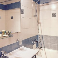 Гостиница Невский 98 в Санкт-Петербурге - забронировать гостиницу Невский 98, цены и фото номеров Санкт-Петербург ванная фото 2