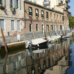 Отель Luxury Garden Mansion R&R Италия, Венеция - отзывы, цены и фото номеров - забронировать отель Luxury Garden Mansion R&R онлайн приотельная территория