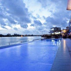 Отель Radisson Blu Anchorage Лагос бассейн
