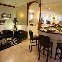 Отель Ambassador-Monaco гостиничный бар
