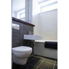 Отель Spacious 2BR Central Glasgow Flat for 4 Великобритания, Глазго - отзывы, цены и фото номеров - забронировать отель Spacious 2BR Central Glasgow Flat for 4 онлайн ванная