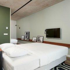 Отель Corendon Village Hotel Amsterdam Нидерланды, Бадхевердорп - отзывы, цены и фото номеров - забронировать отель Corendon Village Hotel Amsterdam онлайн сейф в номере