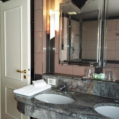 Отель Asam Hotel München Германия, Мюнхен - отзывы, цены и фото номеров - забронировать отель Asam Hotel München онлайн ванная фото 2
