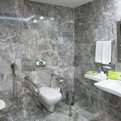 Holiday Inn Gaziantep Турция, Газиантеп - отзывы, цены и фото номеров - забронировать отель Holiday Inn Gaziantep онлайн ванная