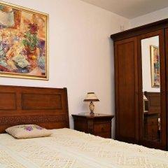 Отель Guest House De Charme Pri Baba Lili Болгария, Кюстендил - отзывы, цены и фото номеров - забронировать отель Guest House De Charme Pri Baba Lili онлайн комната для гостей фото 5