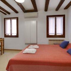 Отель Bed & Breakfast Giardini Италия, Венеция - 1 отзыв об отеле, цены и фото номеров - забронировать отель Bed & Breakfast Giardini онлайн комната для гостей фото 4