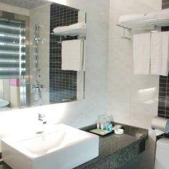 Отель Junyi Hotel Китай, Сиань - отзывы, цены и фото номеров - забронировать отель Junyi Hotel онлайн ванная