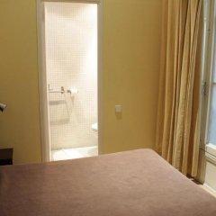 Отель Hostal Baires комната для гостей фото 2