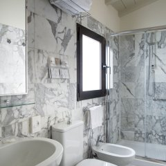 Отель Residence Grifone Италия, Флоренция - 7 отзывов об отеле, цены и фото номеров - забронировать отель Residence Grifone онлайн ванная фото 2
