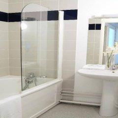 Отель Nemea Appart'Hotel Toulouse Saint-Martin Франция, Тулуза - отзывы, цены и фото номеров - забронировать отель Nemea Appart'Hotel Toulouse Saint-Martin онлайн ванная фото 2