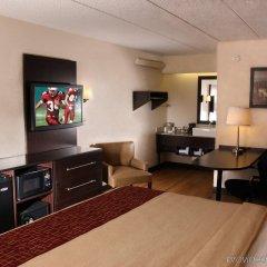 Отель Red Roof Inn & Suites Columbus - W. Broad США, Колумбус - отзывы, цены и фото номеров - забронировать отель Red Roof Inn & Suites Columbus - W. Broad онлайн удобства в номере фото 2