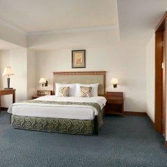 Отель Рамада Ташкент Узбекистан, Ташкент - отзывы, цены и фото номеров - забронировать отель Рамада Ташкент онлайн сейф в номере