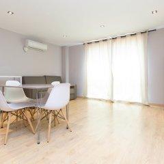 Отель AinB Sagrada Familia Apartments Испания, Барселона - 2 отзыва об отеле, цены и фото номеров - забронировать отель AinB Sagrada Familia Apartments онлайн комната для гостей фото 6