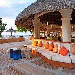 Отель Hilton Mauritius Resort & Spa гостиничный бар