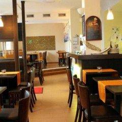 Fair Hotel Europaallee гостиничный бар